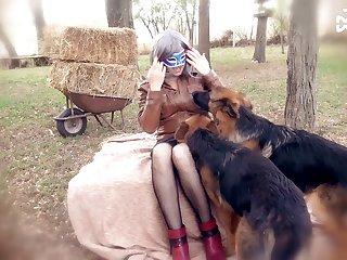 Amateur Dog porn Lesbians Get Off With Double Headed Dildo